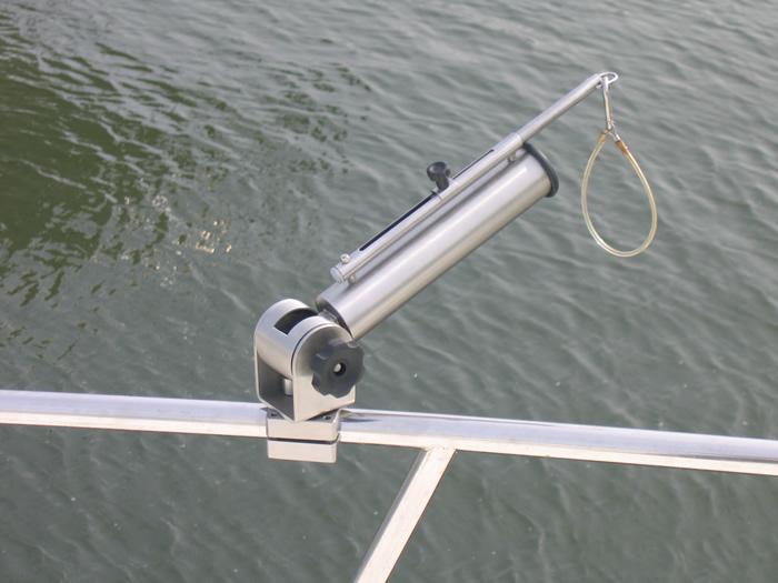 Vendita realizzazione portacanne per pesca sportiva in - Porta canne da pesca fai da te ...